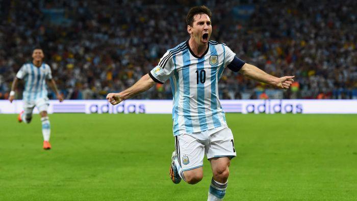Messi đến được với đội Argentina qua… danh bạ điện thoại
