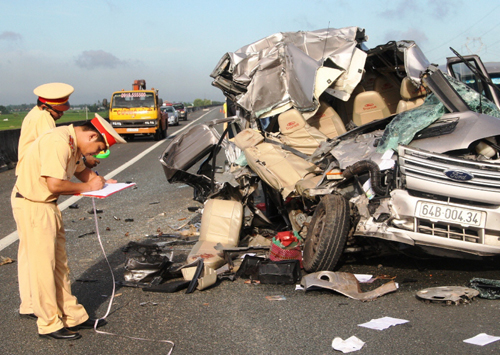 Ngăn chặn tai nạn giao thông trên đường cao tốc
