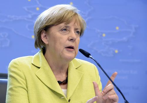 Bà Merkel: Trừng phạt Nga là 'việc làm cần thiết đáng tiếc'
