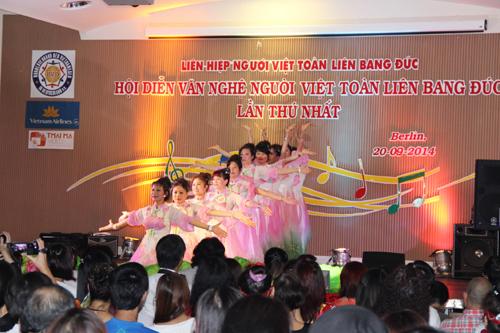 Hội diễn Văn nghệ người Việt toàn liên bang Đức diễn ra tại Berlin
