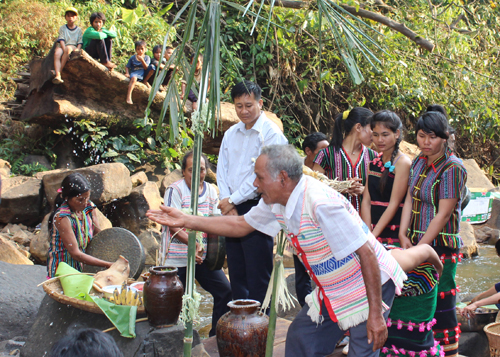Ðắk Nông: Lễ cúng bến nước của người Mạ