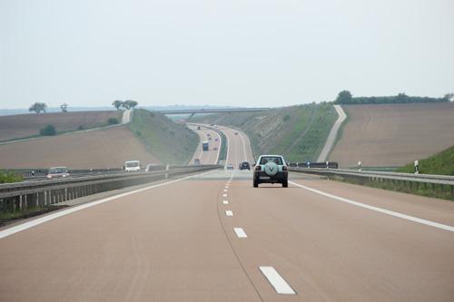 Đức: Kế hoạch thu phí xe đăng ký ở nước ngoài bị chỉ trích