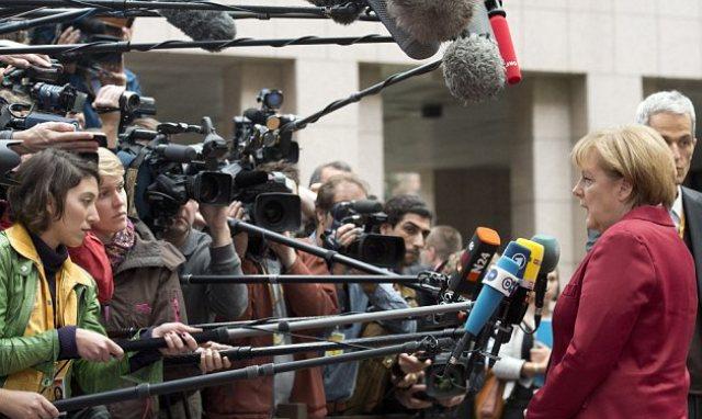 Năm 2015 nhiều thử thách với 'nữ hoàng' Merkel
