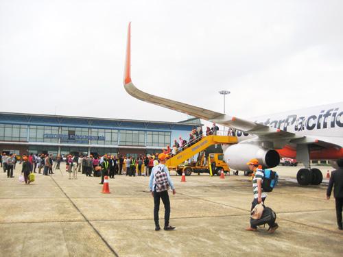 Vé máy bay  Nội Bài đi Đồng Hới