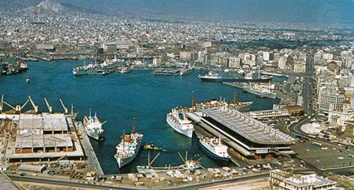 Cảng biển Piraeus lớn nhất Hy Lạp Địa Trung Hải