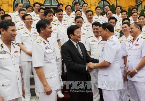 Chủ tịch nước gặp mặt đoàn đại biểu Hải quân nhân dân Việt Nam