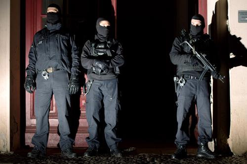 Đức bắt 4 nghi can thành lập tổ chức khủng bố lớn