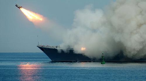 Nga tuyên bố sử dụng không phận trên biển Caspi để chống IS