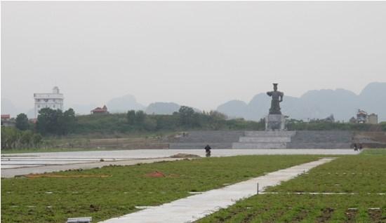 Quảng trường và Tượng đài Đinh Tiên Hoàng Đế sẽ sớm hoàn thành
