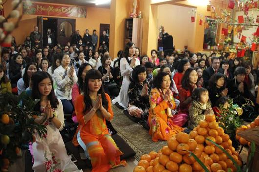 Berlin: Người Việt đón Giao thừa tại chùa