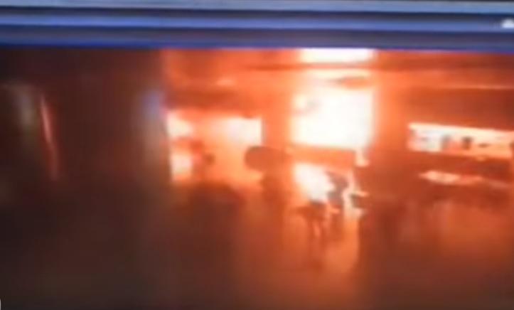 Vụ đánh bom khủng bố ở sân bay quốc tế Istanbul, Thổ Nhĩ Kỳ ngày 29/6 vừa qua. Ảnh: Reuters