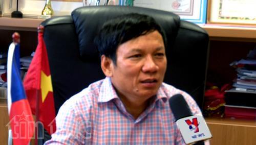 Ông Hoàng Đình Thắng trả lời phỏng vấn của phóng viên TTXVN. Ảnh: Ngọc Mai (P/v TTXVN tại Séc)