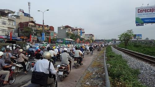 Cấm xe máy ngoại tỉnh ở Hà Nội có khả thi?