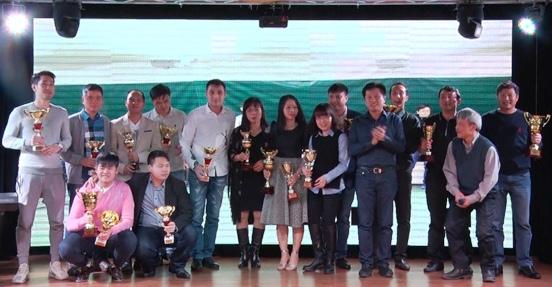 Giải quần vợt mùa đông của người Việt tại Nga