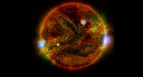 Bão Mặt trời đe dọa Trái đất đúng dịp Giáng sinh