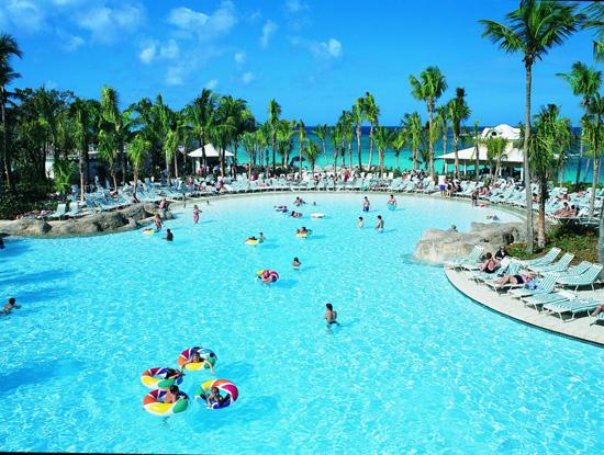 http://media.baotintuc.vn/2016/12/31/12/01/Nassau-Bahamas.jpg