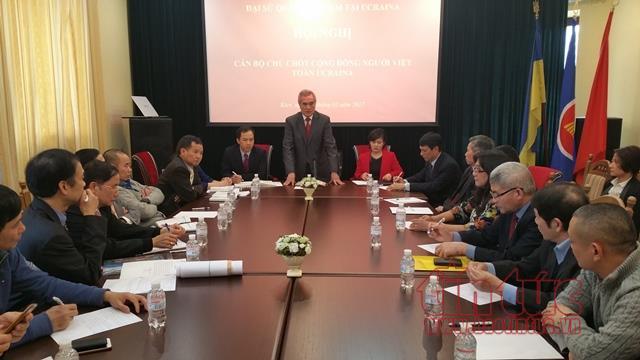 Quang cảnh hội nghị cán bộ chủ chốt cộng đồng người Việt Nam tại Ukraine.