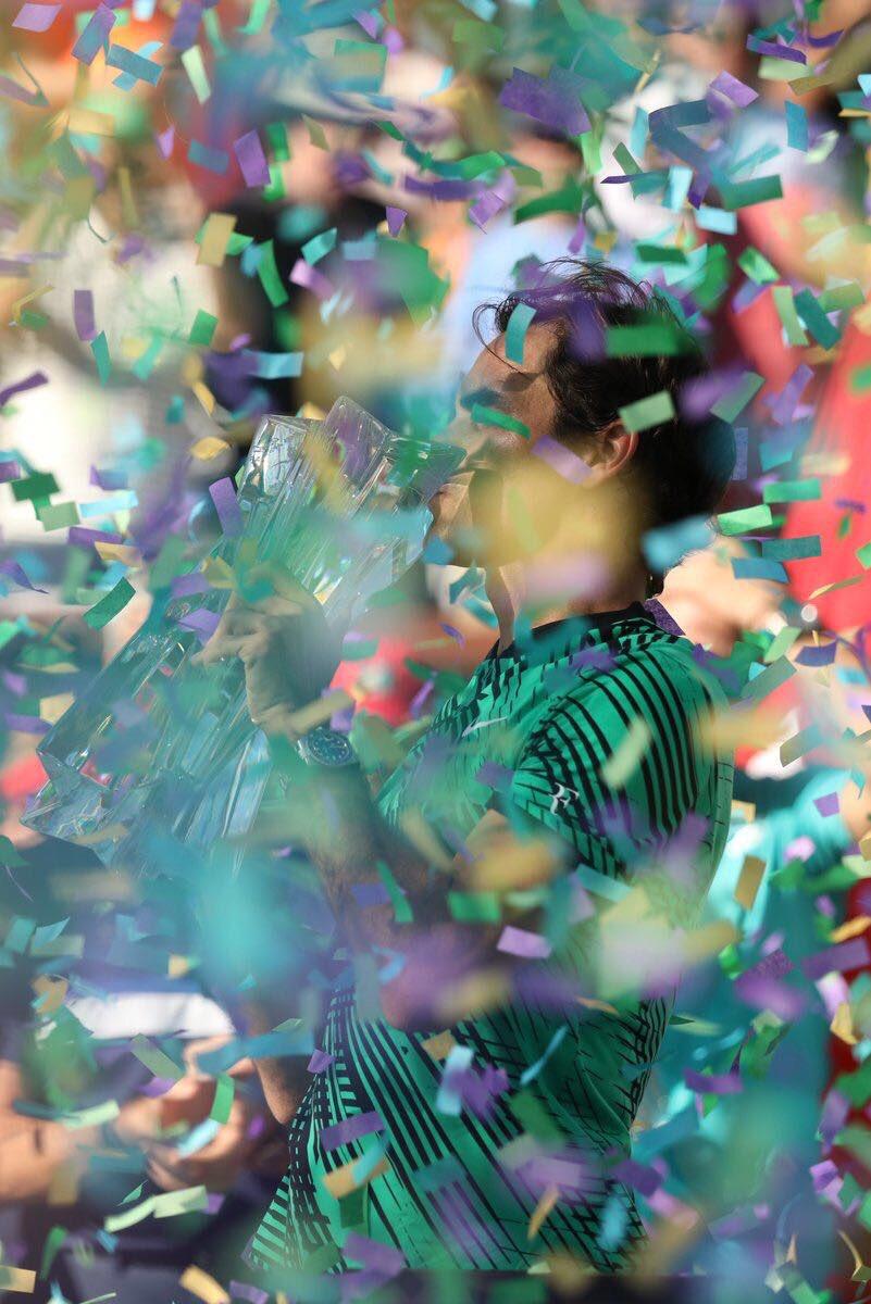 Roger Federer vượt mặt Nadal ở ATP Ranking