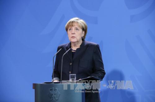 Thủ tướng Đức Merkel phát biểu trước báo giới tại thủ đô Berlin. Ảnh: THX/TTXVN