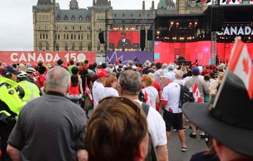 Canada tưng bừng kỷ niệm 150 năm ngày ra đời Liên bang - Ảnh 1