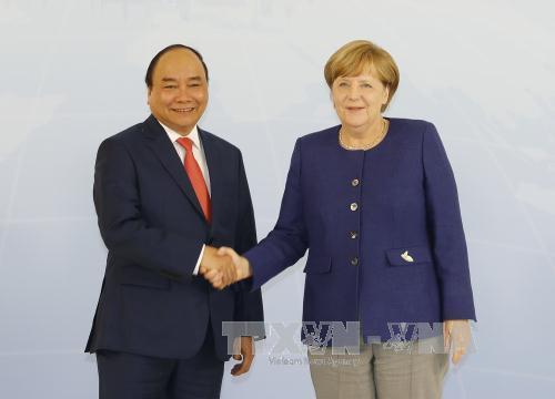 Thủ tướng Nguyễn Xuân Phúc hội đàm với Thủ tướng Đức Angela Merkel - Ảnh 1