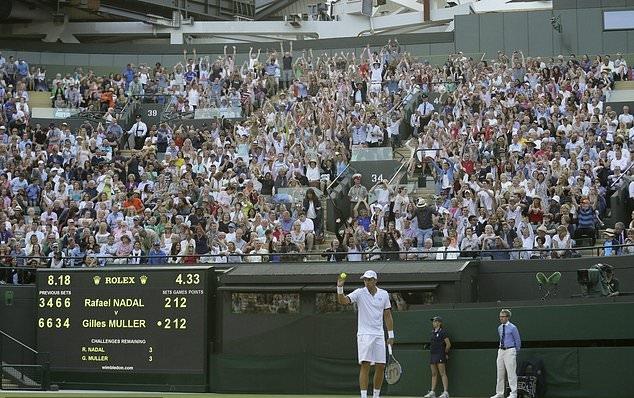 Kiệt sức ở séc 5 kéo dài hơn 2 tiếng, Nadal thua 'tâm phục khẩu phục'
