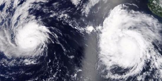 Điều gì sẽ xảy ra khi hai cơn bão lớn gặp nhau?