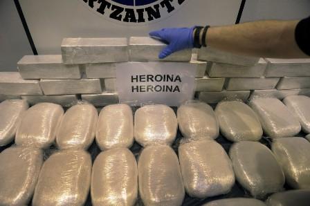 Kết quả hình ảnh cho buôn bán ma túy