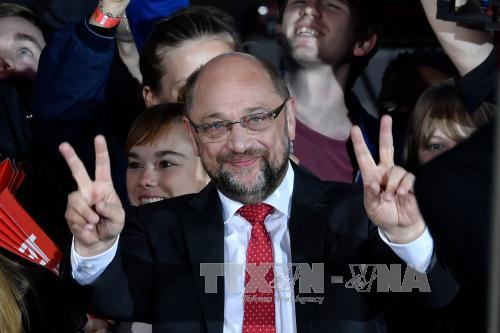 SPD thống nhất phương án đàm phán với đảng bà Merkel