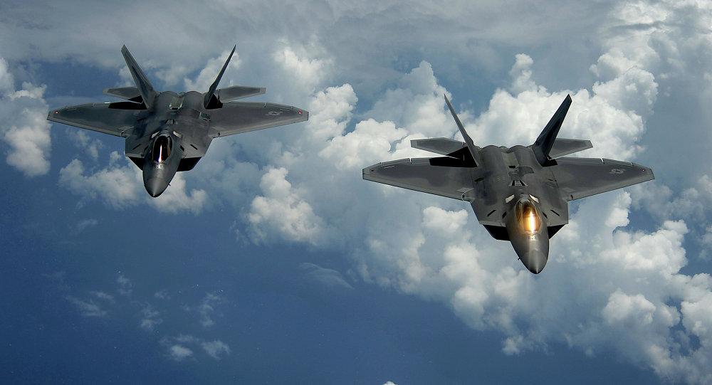 Chiến đấu cơ Mỹ bắn pháo sáng cảnh cáo máy bay Nga tại Syria
