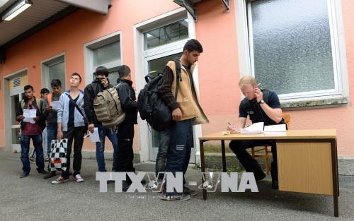 Dân Đức ủng hộ siết chặt chính sách tiếp nhận người tị nạn