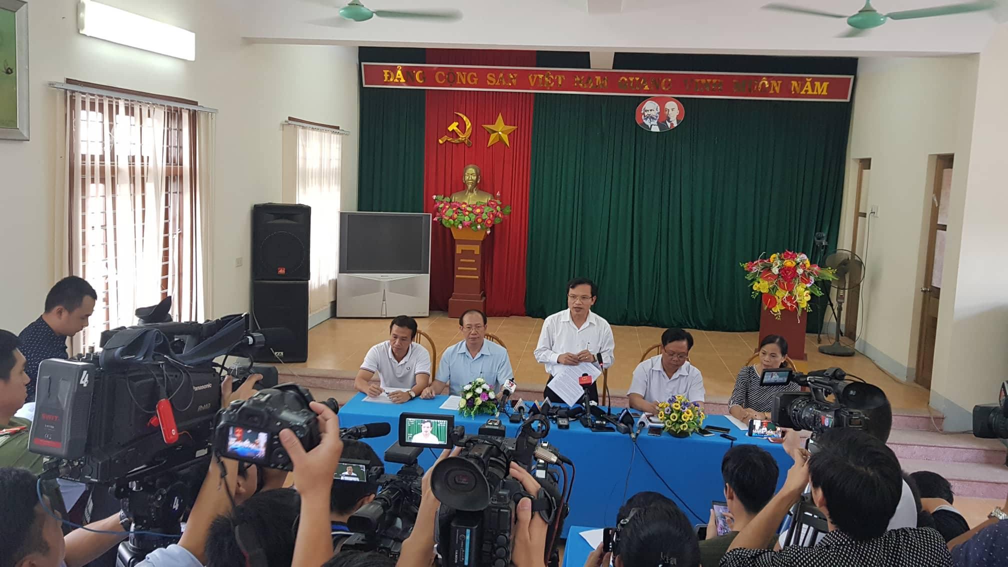 Kết quả hình ảnh cho Những dấu hiệu bất thường khiến kỳ thi THPT ở Sơn La