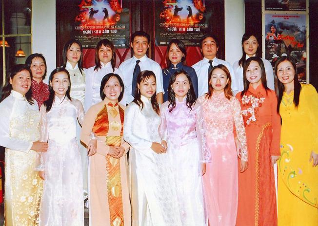 Hoàng Thị Kim Hòa chuyên gia thuyết minh phim tít đoạn ảnh 1