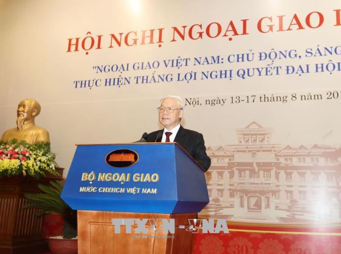 Tổng Bí thư Nguyễn Phú Trọng: Tiếp tục đổi mới tư duy trong công tác đối ngoại