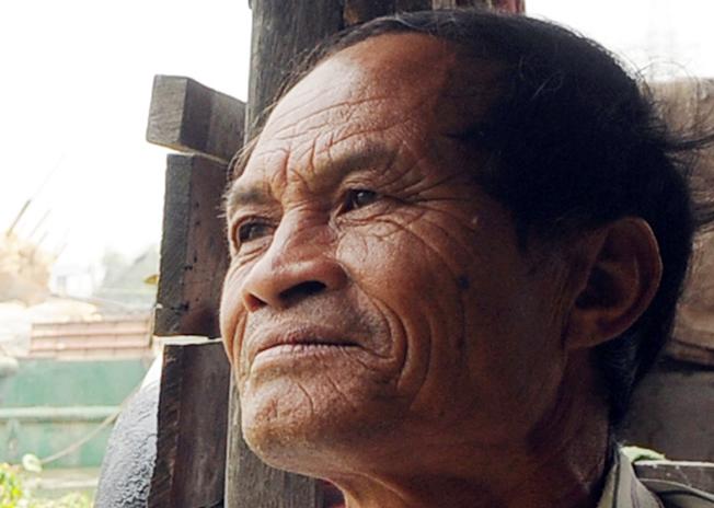 Dù cứu được hơn 200 người nhưng ông Ba Chúc không khỏi day dứt trước những vụ thấy nạn nhân vũng vẫy rồi chìm nghỉm mà không thể đến kịp.